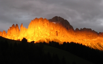 Sonnenuntergang Rosengarten (9)